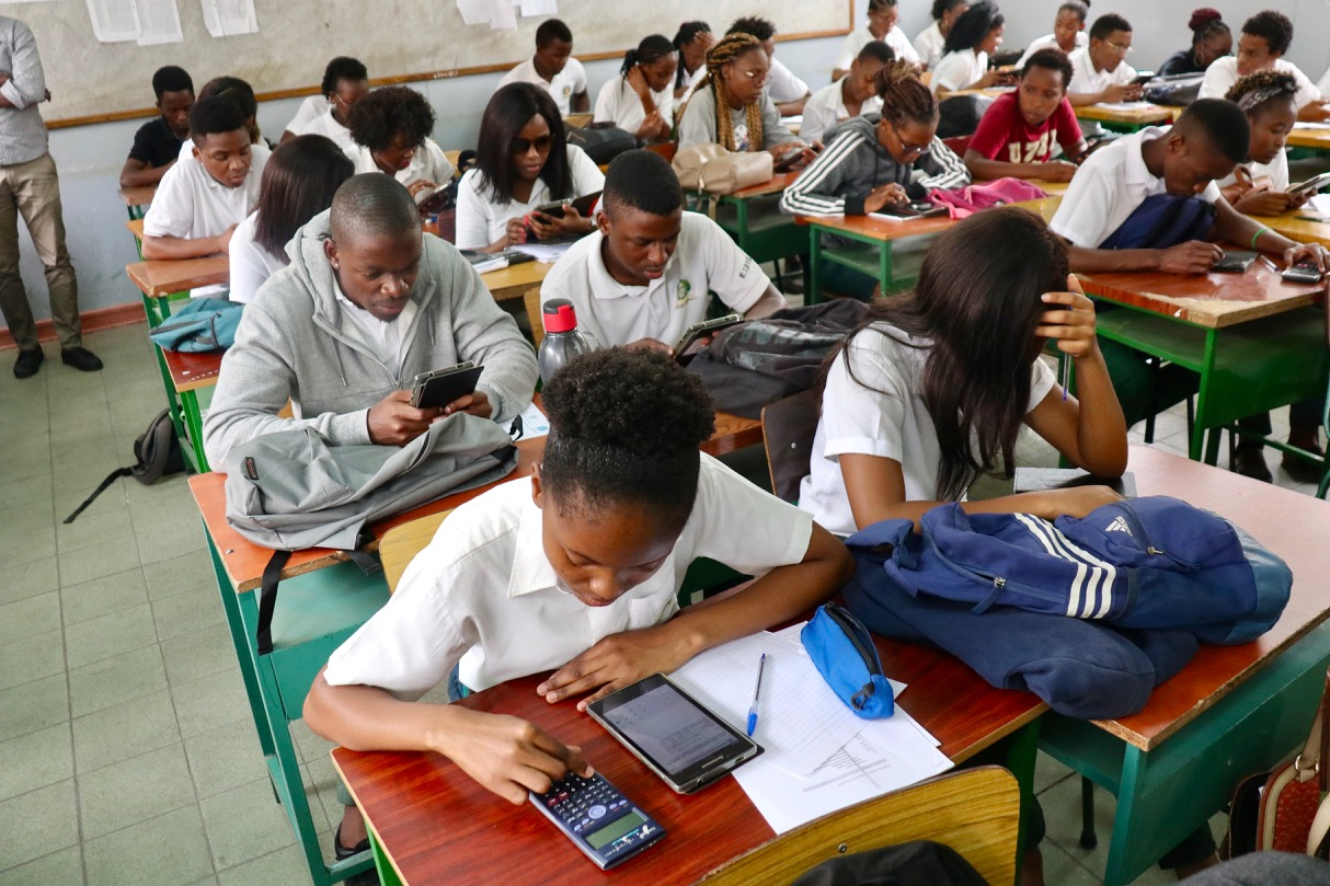 Technical school students completing the baseline survey in their classroom in Maputo City. Photo: Elina Penttinen.