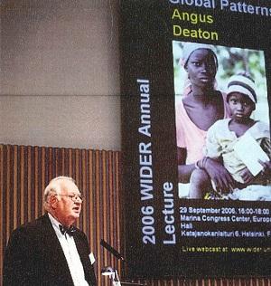 Angus Deaton AL10