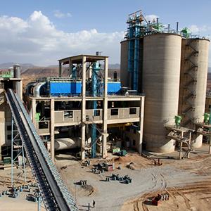 Factory Photo: Gavin Houtheusen / Department for International Development