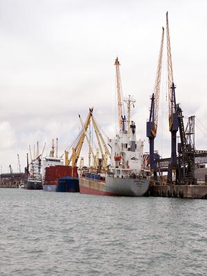 Harbour Photo: Philip Schuler / World Bank