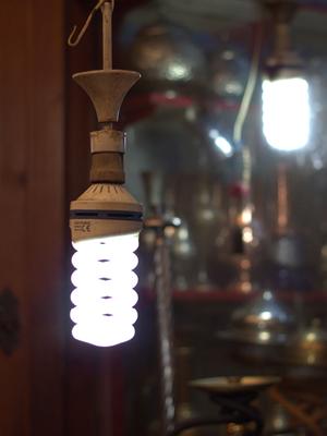 Light bulb. Photo: Yusuf Türker/World Bank
