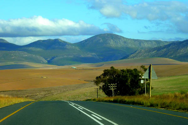Rolling farmland, Western Cape, South Africa. © Christopher Griner