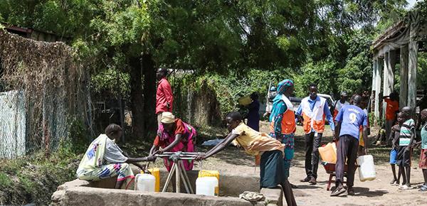 UN Photo: Fresh water point in Malakal