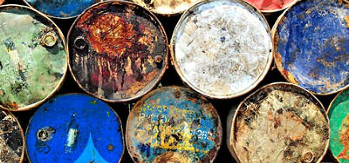 Oil barrels. © SarahTz