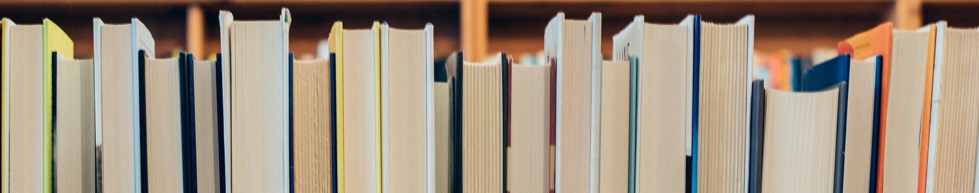 Books © Unsplash