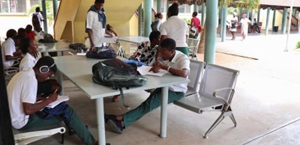 Students in Maputo City. Photo: Elina Penttinen